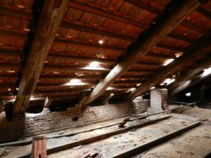Manicomio tetto distrutto Mezcal